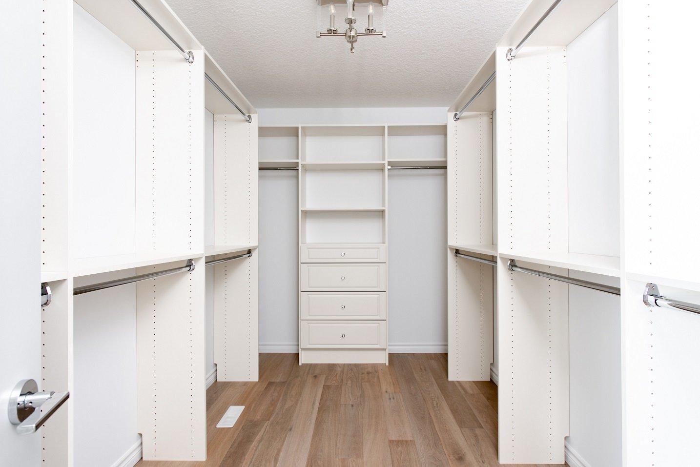 Oakland Master Closet